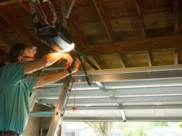 How to Repair a Garage Door
